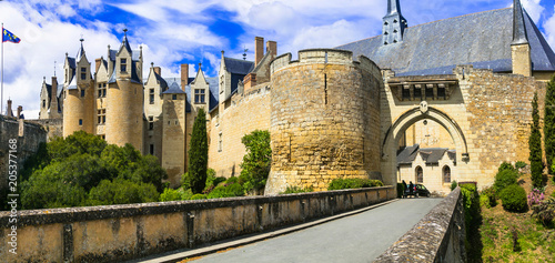 Photo Medieval castles of Loire valley - impressive Montreuil-Bellay