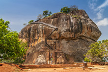 The Second Level Stairs And Entrance To The Former Fortress And Monastery Of Sigiriya Rock, Guarded By A Pair Of Lion Feet In Sri Lanka.