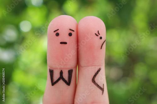 Fotografía  Fingers art of displeased couple