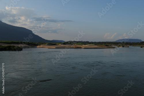 Mekong River landscape at the 4000 river islands near Pakse Canvas-taulu