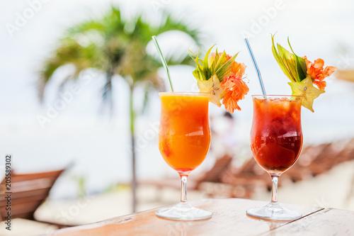 Keuken foto achterwand Cocktail Exotic cocktails
