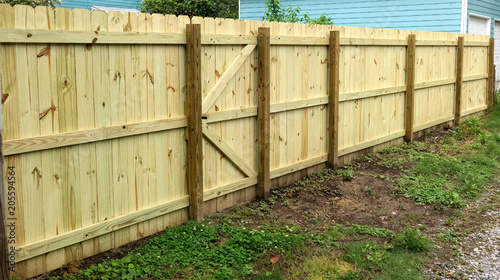 Canvastavla Dang, Jim! You got a good-looking new fence!