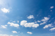 Leinwanddruck Bild - Blauer Himmel mit weißen Wolken