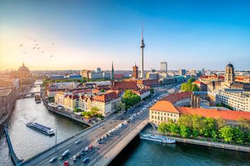 Fototapeta Berlin Mitte Skyline mit Fernsehturm und Spree