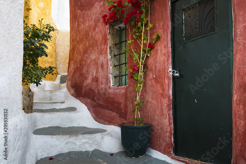Spoed Foto op Canvas Mediterraans Europa Anafiotika in Athens.