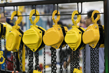 Industrial Chain Hoist For Reduce Working Load And Lifting Heavy Object