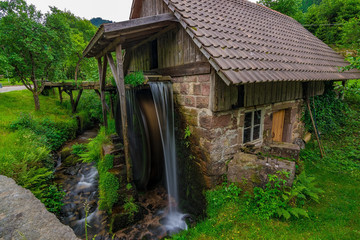 Mali vodeni mlin u Njemačkoj, Schwarzwald / Schwarzwald, svibanj 2018