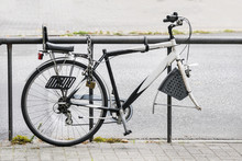 Bicycle Without Front Wheel Ch...