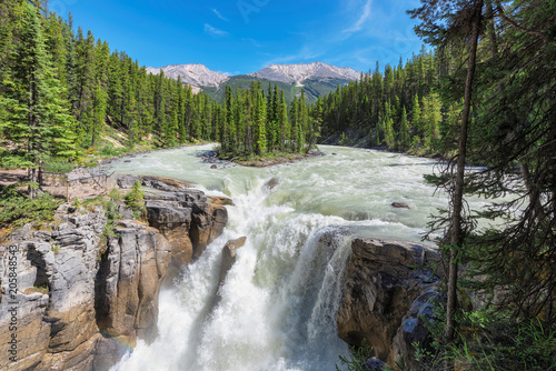 Spoed Foto op Canvas Canada Canadian Rockies. Beautiful view to Sunwapta falls in Jasper National Park, Alberta, Canada.