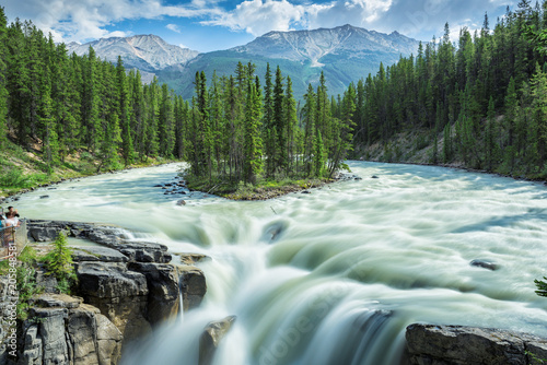 Foto auf Leinwand Kanada Beautiful view to Sunwapta falls in Jasper National Park, Alberta, Canada.