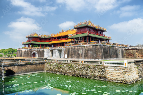 Fotografia View of the Meridian Gate to the Imperial City, Hue