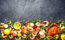Fresh Raw Seafood - Shrimps An...