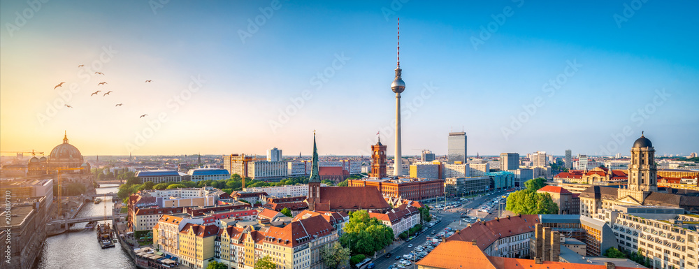 Fototapety, obrazy: Berlin Skyline mit Nikolaiviertel, Berliner Dom und Fernsehturm