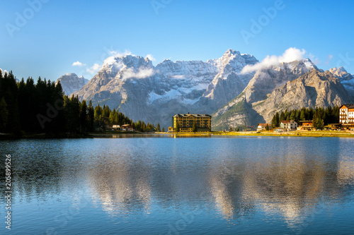 Poster Bergen Lake Misurina with Dolomites Mountain in Italy