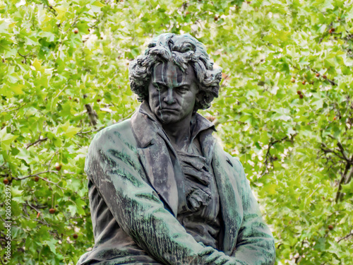 Photo sur Aluminium Commemoratif Beethoven Denkmal Wien