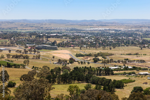 Foto op Aluminium Oceanië Bathurst - NSW Australia view from Mount Panorama. Bathurst is a regional city in Western New South Wales and is home to one of the most famous motor races in the world.