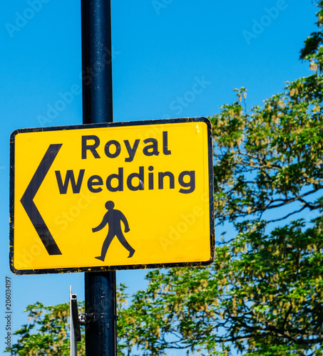 Royal Wedding yellow street sign with arrow for pedestrians to follow to marria Tablou Canvas