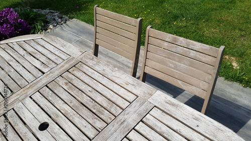 détail de salon de jardin en bois - Buy this stock photo and ...