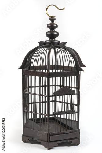 Fotografia  Elegant wooden bird cage