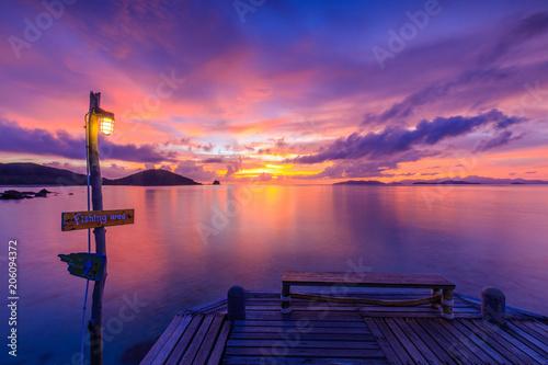 Foto op Aluminium Snoeien Colorful sunset on the sea in Koh Mak island, Trat province, Thailand.