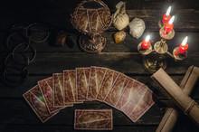 Tarot Cards On Fortune Teller ...