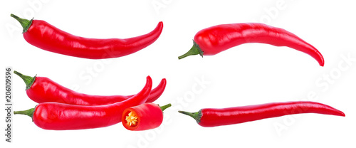 Papiers peints Hot chili Peppers Fresh hot red chili pepper isolated on white background with clipping path