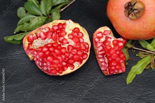 Foto op Aluminium Vruchten Red fresh pomegranate fruit