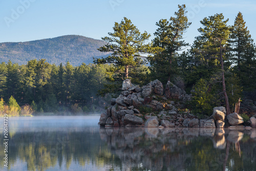 Foto op Aluminium Grijze traf. The Scenic Beauty of the Colorado Rocky Mountains. Lake Apache sunrise.