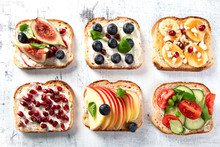 Healthy Summer Toasts For Breakfast