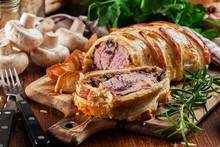 Pork Tenderloin In Wellington ...