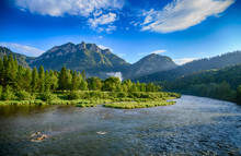 The Turn Of The River Dunajec In Pieniny, Poland And Slovakia