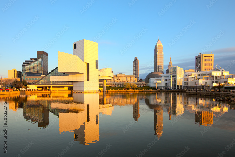Fototapety, obrazy: Skyline city downtown from the harbor, Cleveland, Ohio, USA