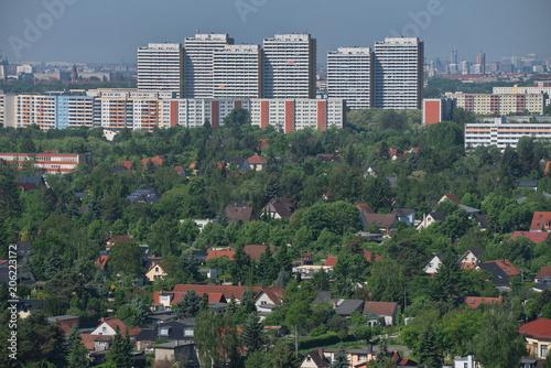 Zdjęcie XXL Widok z Kienberg na nieruchomości i apartamenty do wynajęcia w Berlinie