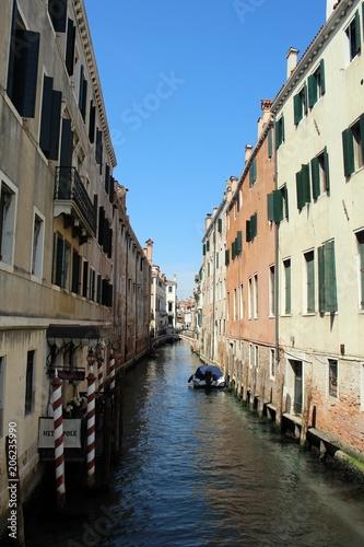 Spoed Foto op Canvas Mediterraans Europa Ansichten von Venedig.