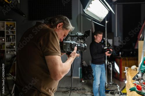 camera operator working with a cinema camera Fototapet