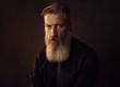 canvas print picture - Porträt eines bärtigen Mannes
