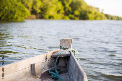Foto  en canoa por el índico en watamu malindi kenia