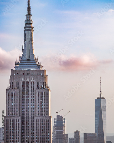 Obraz na plátně Empire State Building and NYC One World Trade Center at sunset, Manhattan, New Y