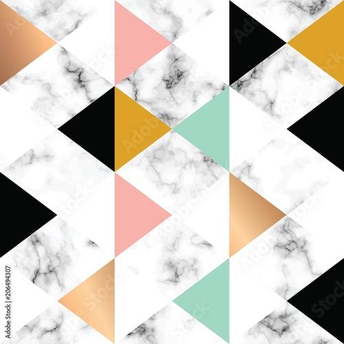 wektor-tekstury-marmurowy-projekt-z-zlotymi-geometrycznymi-ksztaltami-czarny-i-bialy-marmoryzacja