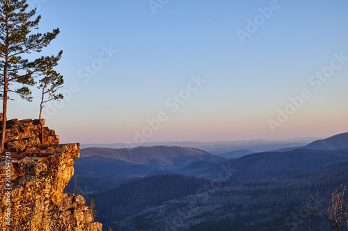 Spoed Fotobehang Alpinisme landscape of mountains during dawn
