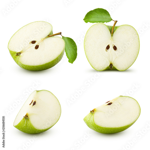 Green juicy apple slice isolated on white background, clipping path, full depth Fototapete