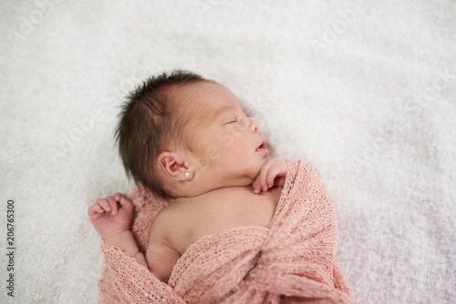 Fototapeta Newborn sleeping on soft blanket obraz na płótnie