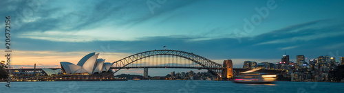 Canvas Print Sydney harbour at dusk, Sydney NSW, Australia