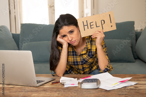 Attractive desperate woman asking for help in managing expenses Fototapet