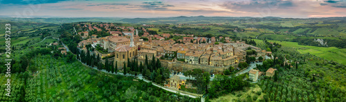 Poster Toscane Pienza small town in Tuscany