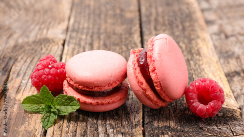 Poster Macarons french macaroon with raspberry