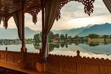 Kashmir Srinagar Lagoon Boat