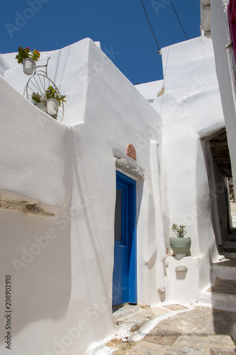 Narrow white streets in the Chora of Amorgos Canvas Print
