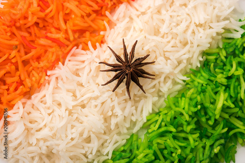 Photo  Tricolor Tiranga Rice for indian Republic and Independence day, served in a cera