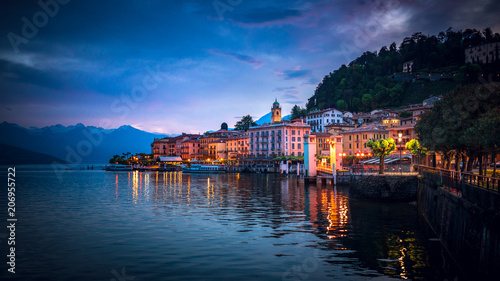 Twilight over Bellagio, Lake Como, Italy Fototapeta